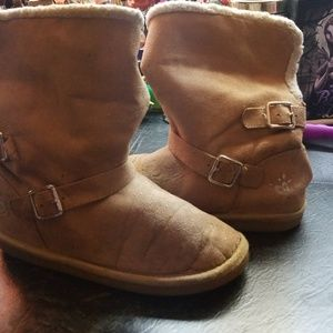 Girls Justice tall/fold over boots.